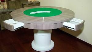 mesa de jogos automatizada e com gavetas
